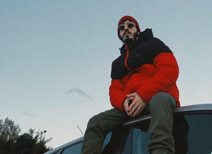Enneo2 torna con Maglioni di cashmere e annuncia il nuovo disco soul funk