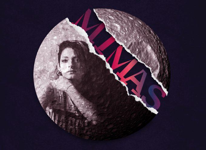 Wazzy ci porta su Saturno con Mimas