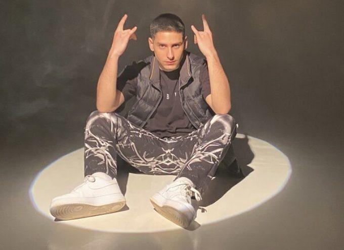 """""""Valanghe"""" è il nuovo singolo di Diego Random"""